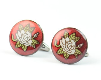 Cufflinks made with an antique enamel piece.Stainless steel leg.Men or women accessories- Japanese