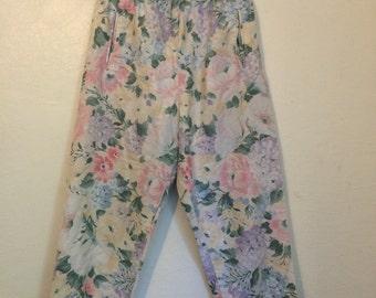 Pastel Floral cotton capri pants