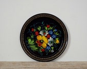 FLORAL HANDPAINTED TRAY - vintage serving tray, black aluminium round serving dish, serving drinks, flowers decoration, small Russain decor
