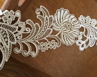 off white lace trim, crochet lace trim, venise lace DG128B