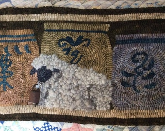 Hand Hooked Rug FINISHED piece 'Lamb and Crock'