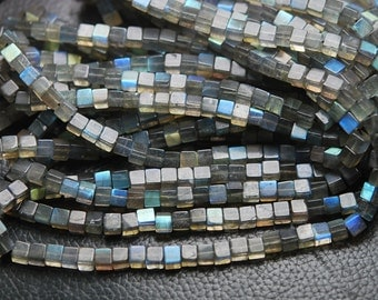 14 Inch Strand,Blue Flashy Labradorite Smooth Cubes Box Beads,4.5-5mm