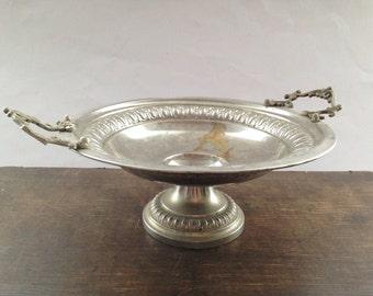 Vintage footed bowl Ornate Metal Serving bowl Footed serving plate Vintage fruit bowl