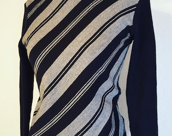 Sweet 70's Black And White Sweater