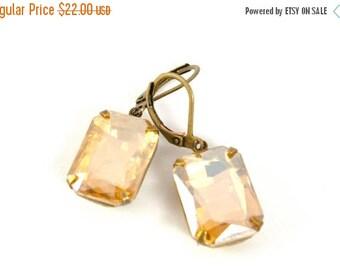 SALE 20% OFF Vintage Topaz Earrings, Gold Champagne Vintage Rhinestone Earrings, Estate Style Earrings, Wedding Bridal Earrings