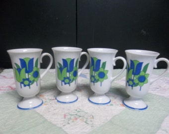 1/2 OFF!!! Vintage, Set of 5 Mod Pedestal Coffee Mugs in Blue and Green, T