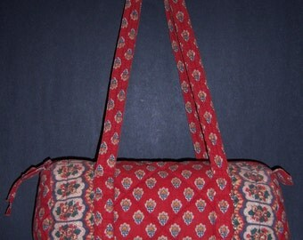 Vintage Pierre Deux Souleiado La Provencal Red Blue Yellow Green Quilted Small Duffle Barrel Bag Purse