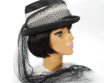 Vintage Women's Black Equestrian Style Hat with Black Netting - The Crescent - Size 22 - Kentucky Derby Hat