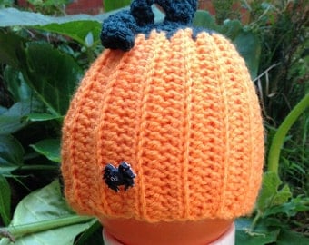 Crochet pumpkin hat - handmade - sizes 0-6 months to adult - perfect for Halloween!