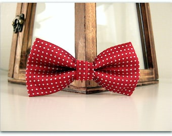 Little Boy Bowtie / DEEP RED  / Toddler Bow Tie / Baby / Photography Prop / Special Occasion / Meeting / Service / Gift /  Clip On / Red