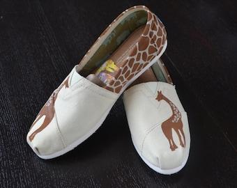 Handpainted Giraffe TOMS