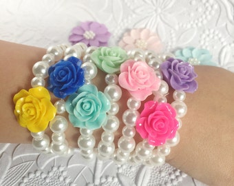 Flower Girls Bracelet - Pearl Stretch Bracelet for Toddler Gift - Spring Bracelet - Childrens Jewelry - Flower Girl Gifts - Kids Gifts