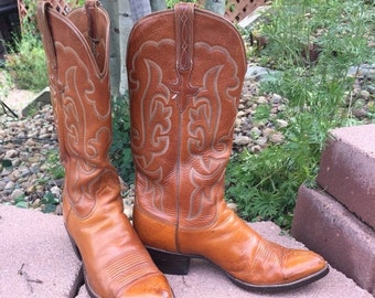 Fall 25% off sale Women's Vintage Lucchese size 9 1/2D Western Boots