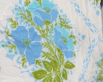 Vintage 1970s Bedspread Quilt Coverlet Blue Green