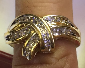14k yellow gold lad diam.25pts ring   ladies size 7