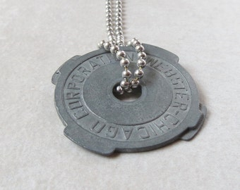 45 rpm adapter necklace - Record Player - Vinyl collector - Music lover - Musician - Record Collector - Record Adapter
