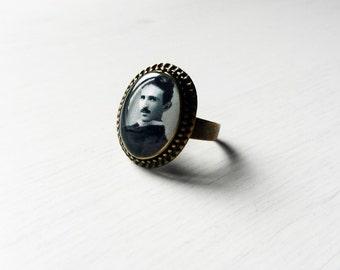 Nikola Tesla Cameo Ring - Science Jewelry - Gift for scientists - Nikola Tesla ring - Nikola Tesla Cameo - Nikola Tesla Jewelry - Steampunk