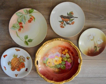 Mismatched Plates Instant Collection, Plate Wall, Burgundy Wines