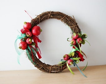 Pomegranate wreath, ceramic pomegranates wreath, vine wreath with pomegranate clusters, earthenware pomegranates, rustic wreath, boho decor