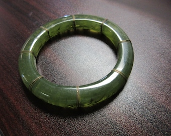 Green Swirl Lucite Bangle Bracelet