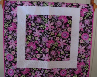 Bold Flowers Baby quilt