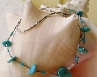 Vintage Turquoise  Necklace Liquid Silver Southwestern