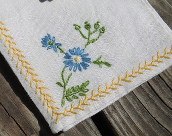 Embroidered Cloth Napkins - Set of 4