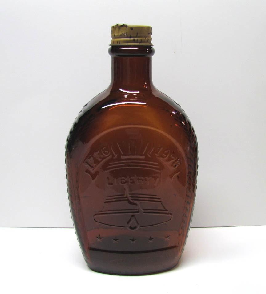 Log cabin syrup bottle bicentennial  by