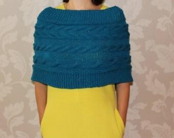 Knit Warm Capelet, knit Shrug, Womens Knit Capelet, Womens Poncho knit, Knit Oversized Cowl