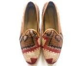 Men Kilim shoes. Size 43 (Men US size 10)