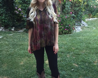Tunic Top, Womens Tunic, Tie Dye Top, Gather Back, Tie Dye,Womens Top, Tunics, Dyed in Raspberry, Olive, Gold, Brown, S M L XL 2X 3X, V Neck