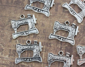 10 Singer Sewing Machine Charms Antique Silver Tone 15 x 20 mm