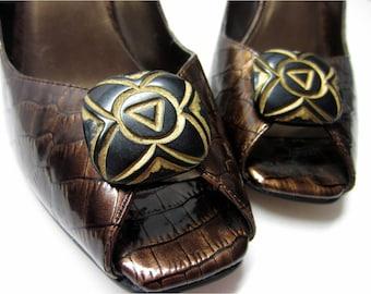 Wood Flower Shoe Clips, Aztec Shoe Clips, Wood Carving Shoe Clips, Engraved Shoe Buttons, Wooden Shoe Clips, Brown Shoe Clips, Carved Clips
