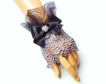 Bride Gloves, Formal Gloves, Gray Bridal Gloves, Gray Wedding Gloves, Evening Gloves, Lace Bridal Gloves, Gray Fingerless, Lace Gloves
