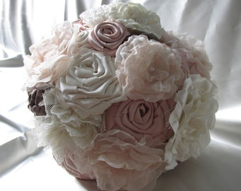 Wedding Bouquet Vintage - Fabric Flower Wedding Bouquet - Bridal Wedding Bouquet - Fancy Wedding - Blush/Ivory Fabric Bouquet