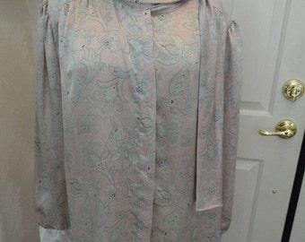 Plus Blouse . Pink Pastel Paisley . 22 W Plus . Vintage Worthington Blouse Plus . 2X 3X Dress Blouse  . Tailored Blouse . 8