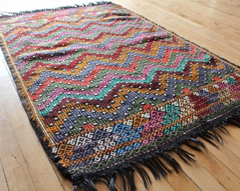 Handmade Turkish Rug - 'The Guide' - FREE SHIPPING in USA!!!