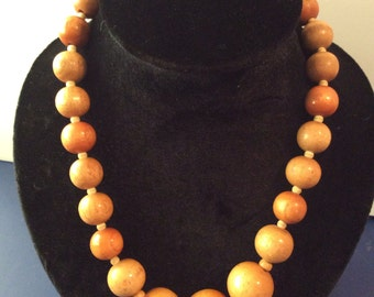 20 in wood beaded necklace