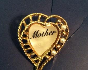 Mother brooch 1-1/2 in