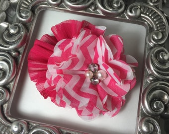 Hot pink hair clip, hot pink and white flowers on a smooth alligator clip, boutique flower hair clip. gilr hair flowers, flower hair clips