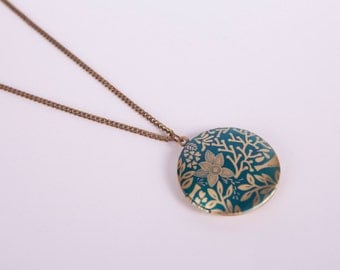 Necklace Photo Locket Floral  Blue Flowers Medaillon