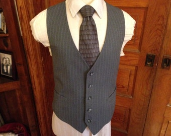 Grey Pinstripe Men's Vest Sz 44-45 (ExLarge)