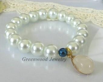 Bracelets-Stretch Bracelet-Chunky Bracelet-Stackable Bracelets-Handcrafted Bracelet-Mother of Pearl-Gold