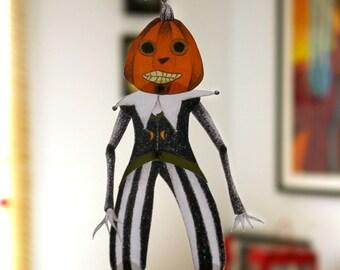 DIY Printable PDF Vintage Scarecrow Paper Puppet Doll Halloween Ornement, Orange, Black, Green