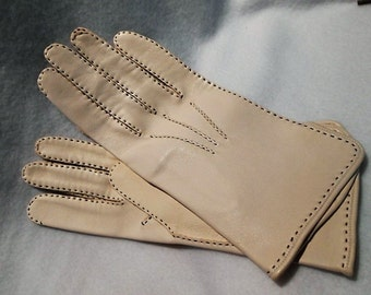 Super Soft Never Worn All Hand Stitched Cream Colored Kidskin Gloves, c. 1940