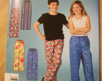 Simplicity 4039 It's So Easy Girls and Boys (Size A 7-16) lounging pants