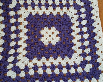 Baby blanket, made to order.... any colors you choose.
