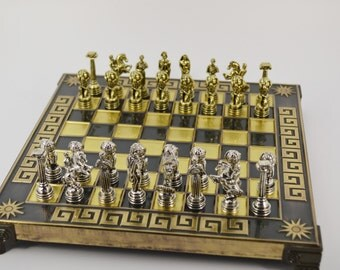 Atlas chess set (20X20cm) / Bronze chess board