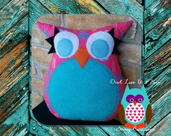 pink owl pillow, blue owl pillow, leaves, geometric pillow, owl, pink, blue and white nursery decor