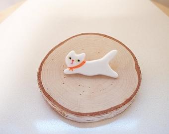 Ceramic Cat brooch